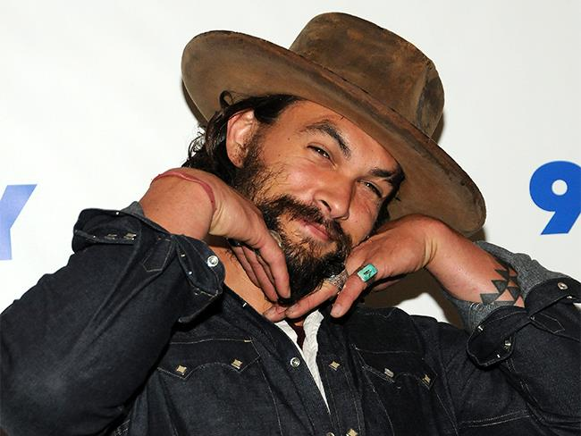 2014 Momoa's pose game was STRONG.