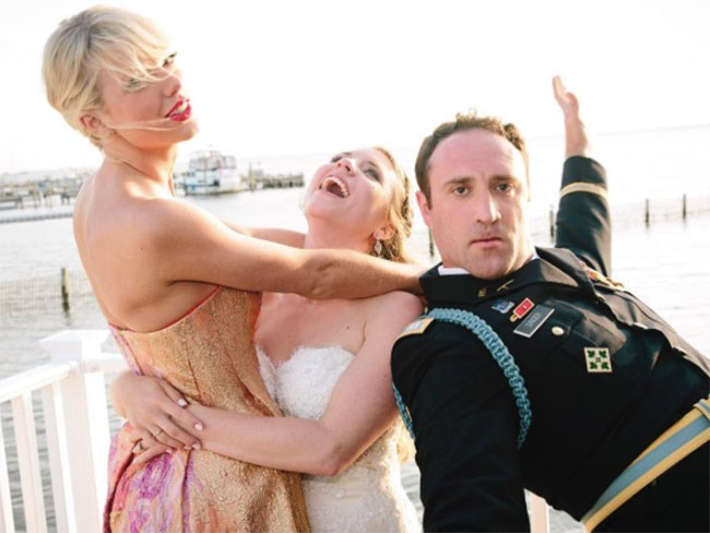 Taylor Swift surprised a fan by performing at his wedding and now we're crying