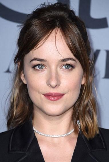 **15. Dakota Johnson** Dakota's all about that cool girl hair on the red carpet.