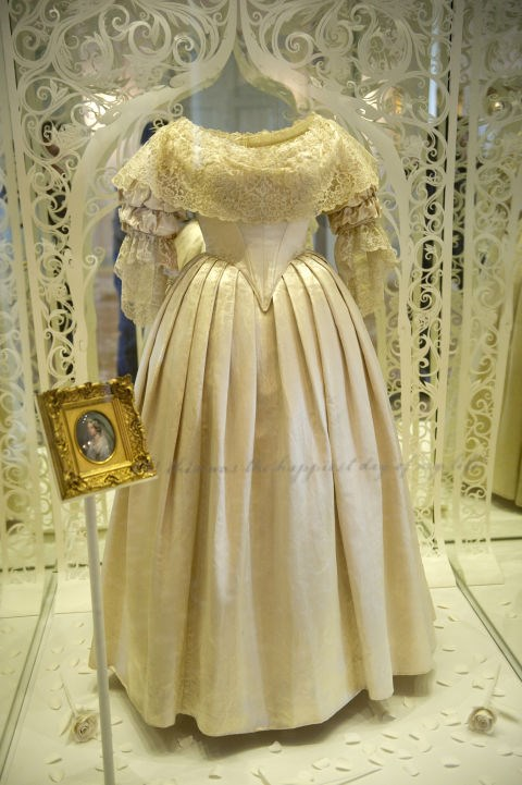 **1840: QUEEN VICTORIA**   Ever wonder why so many brides wear white? Thank Queen Victoria! In 1840, she walked down the aisle to marry Prince Albert wearing a white wedding dress that sparked a trend, making white the go-to shade for brides.