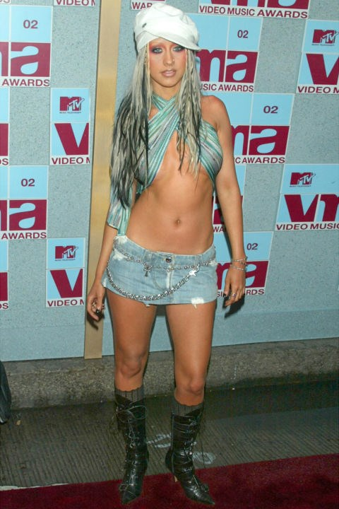 "**TOPS THAT WEREN'T REALLY TOPS**    *Christina Aguilera at the MTV Video Music Awards on August 29, 2002.*    *[SOURCE: US COSMOPOLITAN](http://www.cosmopolitan.com/style-beauty/fashion/news/g5852/early-2000s-celeb-trends/|target=""_blank"")*"