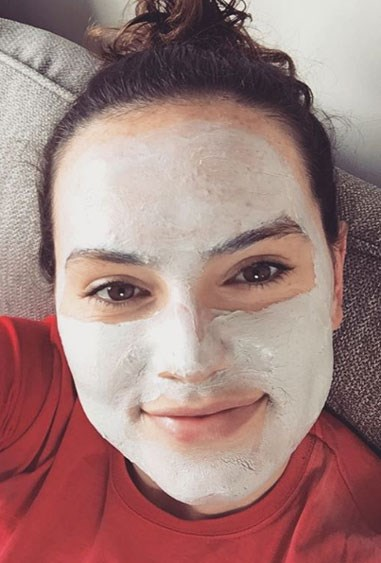 """**9. Daisy Ridley** Daisy Ridley, best known for her role in as Rey in Star Wars, recently opened up about her struggle with Endometriosis on Instagram. The famous actress, diagnosed at age fifteen, encourages women to trust their instinct if they feel something is not right with their bodies. Daisy is all about body positivity, striving only to be the best version of herself. Sending a positive and inspiring message to women of all ages, Daisy is a great role model, whether you have a chronic illness or not. Source: [Instagram](https://www.instagram.com/p/BGcShMNlE7m/