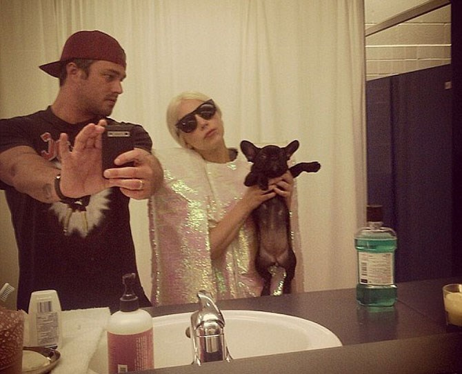 10. Gaga and Taylor making the best fur parents ever. Who gets to keep Asia!?