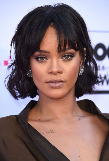 """**RICH, DARK BROWN** Rich, dark brown hair colour, like Rihanna's, has a hint of brown that it casts off, allowing it to flatter a range of skin tones. Look for terms like """"darkest brown"""" or """"brown-black"""" on at-home box kits. [RELATED: The one hair colour that surprisingly suits everyone](http://www.cosmopolitan.com.au/beauty/hair/2016/6/platinum-blonde-suits-everyone/
