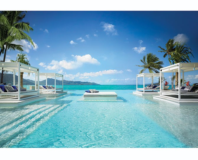 **QUEENSLAND** **One & Only Hayman Island, The Whitsundays**  **[hayman.oneandonlyresorts.com](http://www.hayman.oneandonlyresorts.com)**   **Why it's amazing:** If you're thinking beach wedding, you can't really go past this breathtakingly luxurious spot. Get married on white sand beaches surrounded by crystal blue water and lush palm trees. Their One&Only package even offers one night's accommodation for your one year wedding anniversary so you can come back to the island and celebrate your first year of marriage – sweet  **And there's more:** Book out the entire island exclusively for you and your guests to enjoy You can even book luxury yacht transfers for the bride and groom.