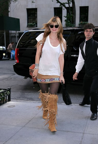 **Fringed moccasin boots** Like Ugg boots, only ~*faNciER*~