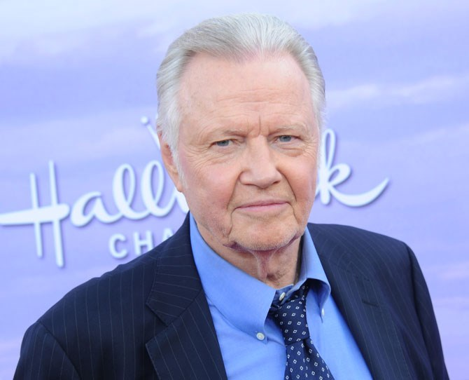 "**John Voight** Golden Globe-winning actor Voight (and Angelina's estranged dad) released the following statement to [Breitbart News](http://www.breitbart.com/big-hollywood/2016/03/09/jon-voight-donald-trump/|target=""_blank"") saying 'I, Jon Voight, can say, without hesitation, that Donald is funny, playful, and colourful, but most of all, he is honest. When he decided to run for president, I know he did it with a true conviction to bring this country back to prosperity. He is the only one who can do it. No frills, no fuss, only candid truths.' 'He's an answer to our problems. We need to get behind him.'"