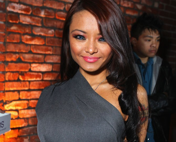 "**Tila Tequila** After originally laughing at the man and seeing him as 'a joke', Tile Tequila [uploaded a close-to-6-minute video](https://www.youtube.com/watch?v=Hal4LmPRB9I|target=""_blank"") on YouTube titled 'Tila Tequila for Donald Trump 2016!!!' where she admits that she is a 'huge Donald Trump supporter'."