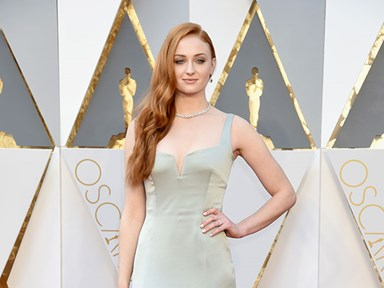 Sophie Turner looks like a Lannister on the red carpet and we don't know how to feel
