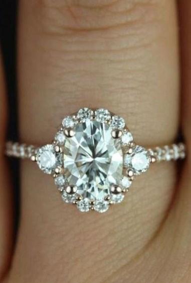 "**4.** Bridgette rose gold ring ([via](http://go.redirectingat.com/?id=127X220&site=cosmopolitan.co.uk&xs=1&isjs=1&url=https%3A%2F%2Fwww.etsy.com%2Fuk%2Flisting%2F193808038%2Fbridgette-8x6mm-14kt-rose-gold-oval-fb%3Fref%3Dshop_home_active_25&xguid=b0bfa4c37309e04e8ae4ec1fb08e0408&xuuid=8bc28d9518f3b8f376effe5070ca3311&xsessid=3745f12948a45a3c469cdd7262b8d5af&xcreo=0&xed=0&sref=http%3A%2F%2Fwww.cosmopolitan.co.uk%2Ffashion%2Fstyle%2Fg4643%2Fmost-popular-engagement-rings-pinterest%2F&xtz=-600|target=""_blank""))."