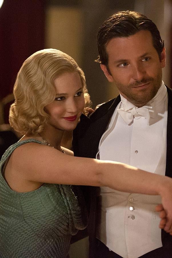 Jennifer Lawrence and Bradly Cooper in Serena