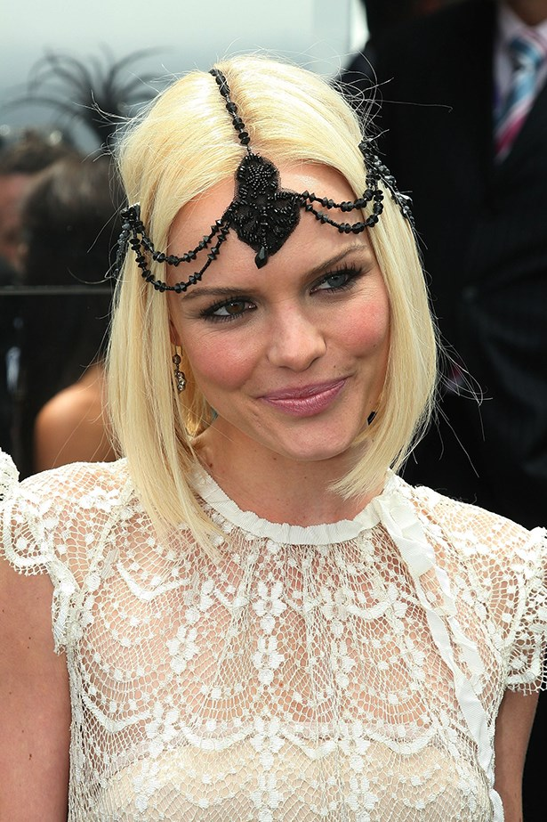 Kate Bosworth nailed the jeweled headpiece back in 2006, and her simple centre-part-and-straight-locks look still works today.
