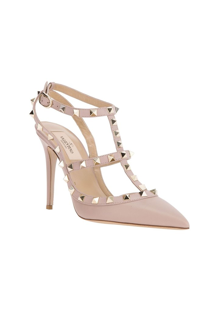 "Shoes, $873, Valentino, <a href=""http://www.farfetch.com/au/shopping/women/valentino-garavani-rockstud-pumps-item-10849566.aspx?storeid=9017&ffref=pp_recview"">farfetch.com</a>"