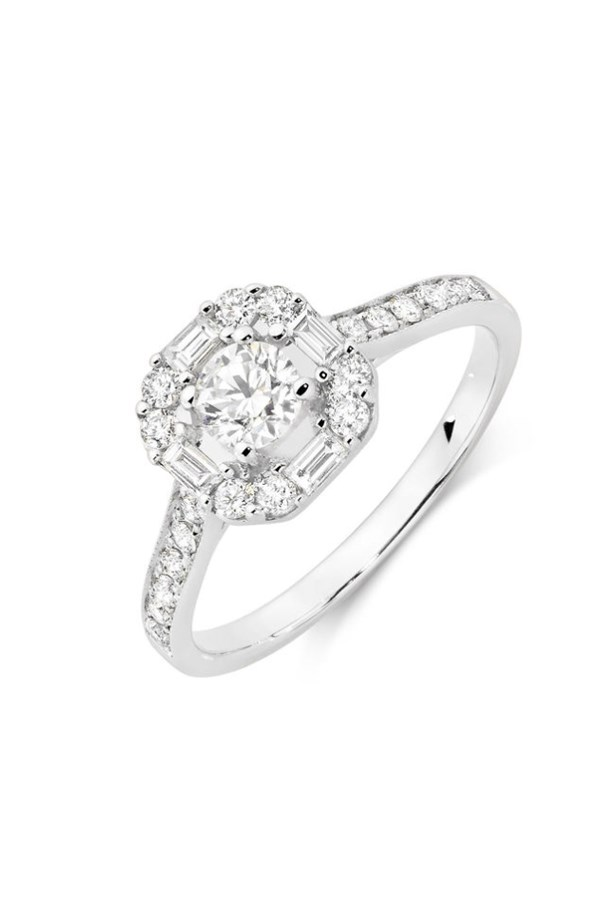 "<strong>Under $4,000</strong> <br><br> Ring, $3,079, Michael Hill, <a href=""http://www.michaelhill.com.au/0.78-carat-tw-diamond-ring-11283416.html?cgid=engagement-engagementRings#start=85&pmin=0&sz=12&srule=price-ascending&pmax=1000"">michaelhill.com.au</a>"