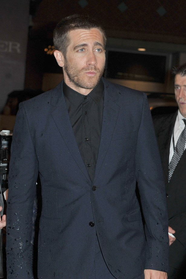 Jake Gyllenhaal looks good sans-beard too, but we prefer him unshaven.