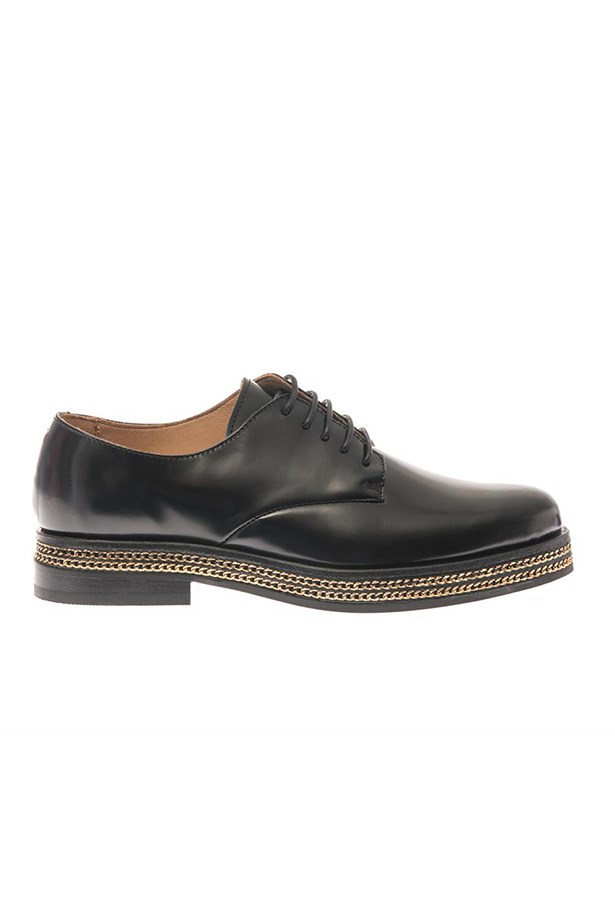"Brogues, $540, Purified, <a href=""http://www.matchesfashion.com/product/201795"">matchesfashion.com</a>"