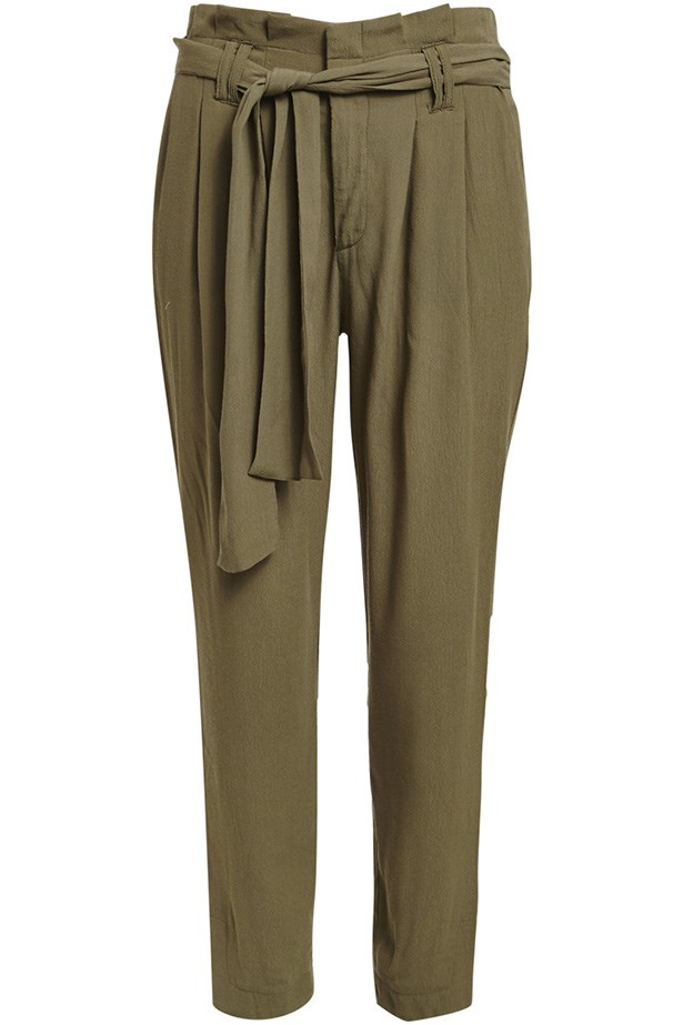 "Pants, $89.95, Bardot, <a href=""http://www.bardot.com.au/Paperbag-Pant.aspx?p530938&cr=025942 "">Bardot.com.au</a>"