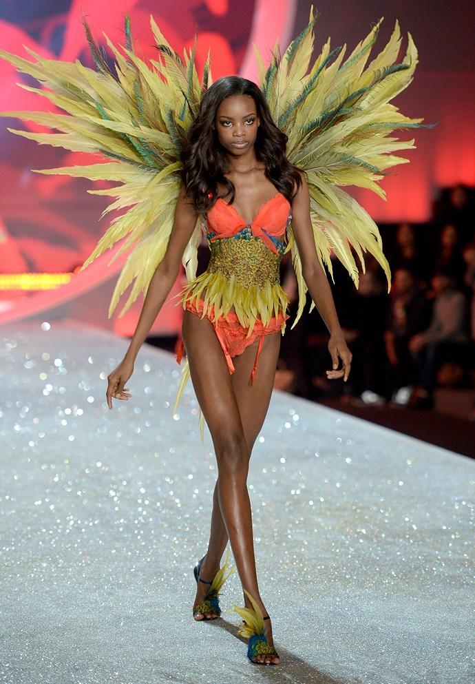 Model: Maria Borges