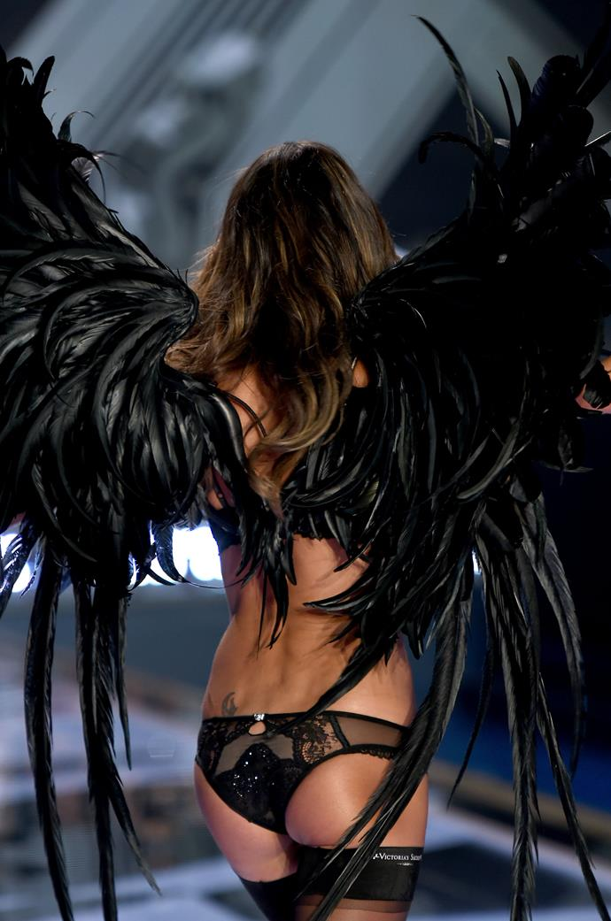 Bum: Alessandra Ambrosio <br> Show: Victoria's Secret 2015 <br> Location: London <br>