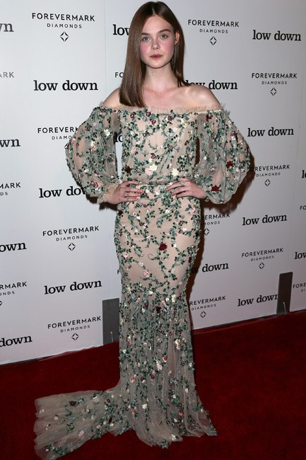 Elle Fanning looked hippy-chic in a seventies-<em>esque</em> Marchesa gown.