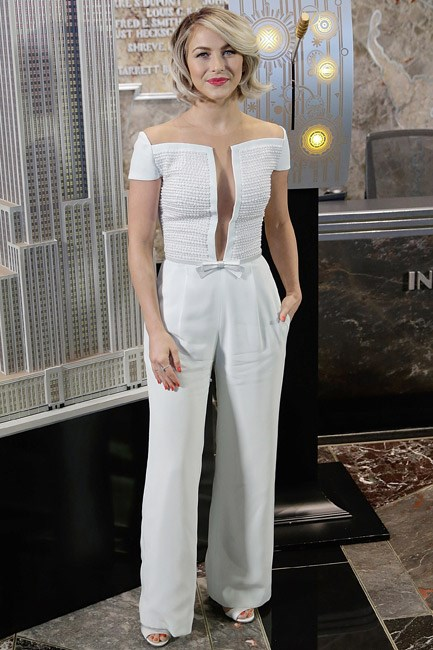 Julianne Hough gave good <em>girly</em> in a sweet Georges Hobeika jumpsuit. Her hot pink pout and polished popped against the blank canvas.