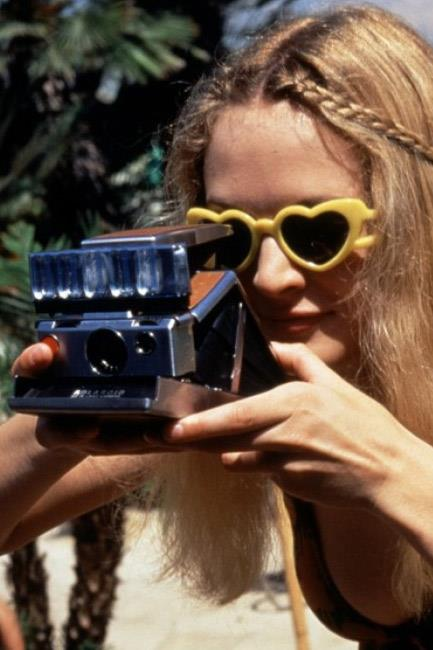 We heart these sunglasses spotted on Heather Graham in <em>Boogie Nights</em> (1997).