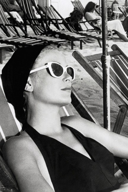 From where you'd rather be: Grace Kelly on the French Riviera in <em>To Catch a Thief</em> (1955).