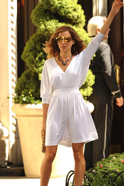 Carrie Bradshaw and <em>Sex and the City 2</em> (2010) <em>almost</em> singlehandedly brought back reflector sunglasses – and they're here to stay.