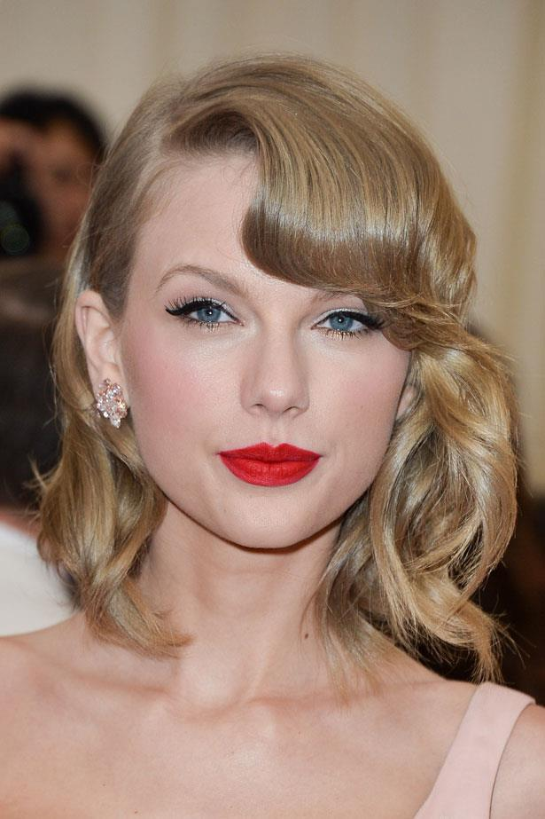 Taylor picked the perfect blue-based red to the Met Gala in 2014.
