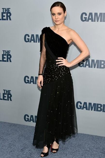 A little bit 20s, Brie Larson looks retro-fabulous in a one-shoulder Rodarte number.
