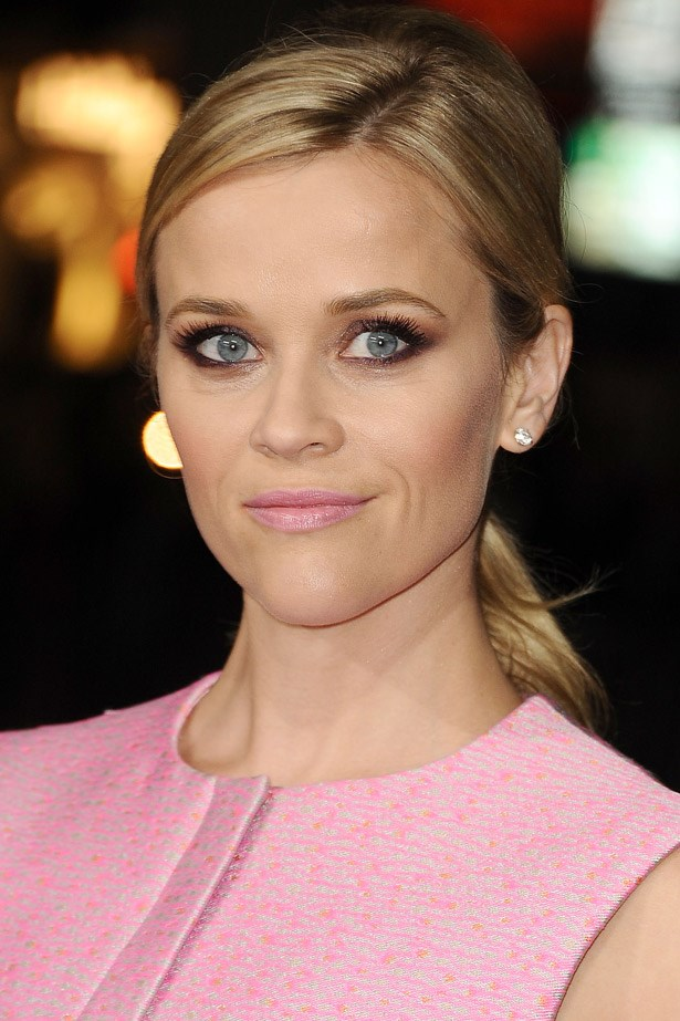 Reece Witherspoon with pink lips