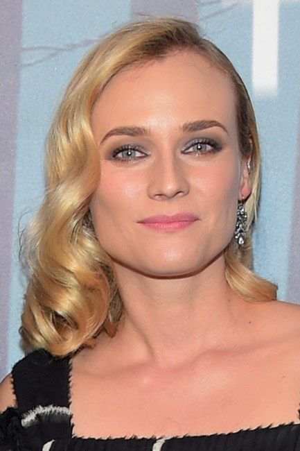 With a nod to the 1920s, Diane Kruger nailed silver-screen-glamour with a side of attitude.