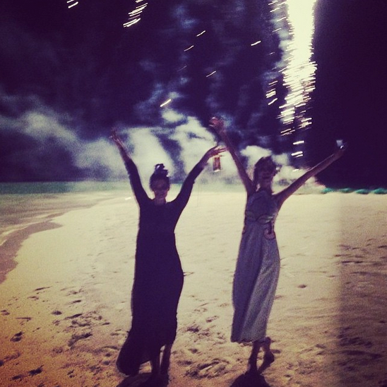 @pixiegeldof and Alexa Chung danced on a beach in the Maldives