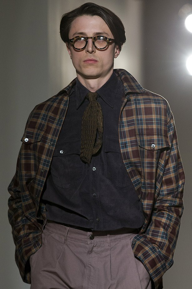 Tortoiseshell specs: Whether you need them or not, it's the only way to feign intelligence. <em>Dunhill aw15 </em>
