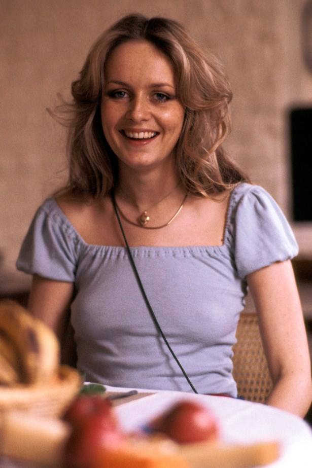 A more relaxed Twiggy shows her natural side in the early seventies - gone are the lashes, the blonde crop and the geometric mod dresses.