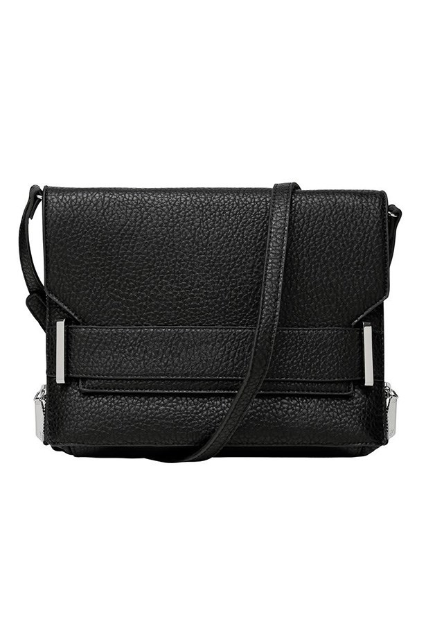"Bag, $99.95, French Connection,<a href=""http://www.frenchconnection.com.au/bags/eliza-cross-body-bag/w2/i7850612_2410370/ ""> frenchconnection.com.au </a>"