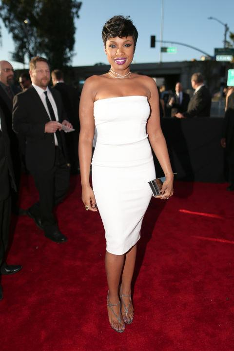 <strong>Jennifer Hudson</strong><br> Jennifer Hudson looks absolutely flawless in this white dress by Tom Ford. She kept it remarkably simple and the thing I like best about this look is that it feels really easy and comfortable, like she is stepping out for a night with the girls. There is something to be said about the non-statement statement. Love it, J.Hud!