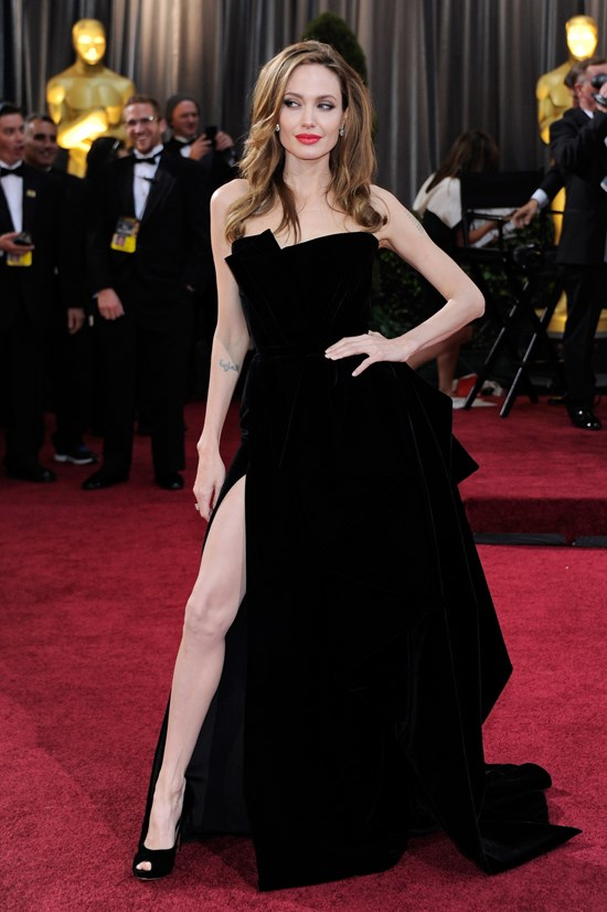 Angelina Jolie in Versace at the 2012 Academy Awards.