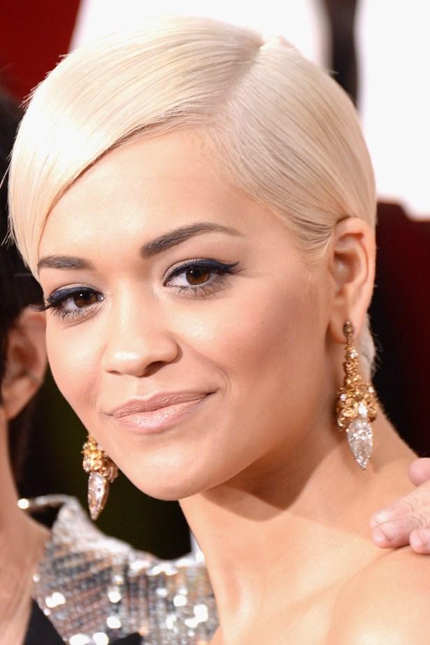 Rita Ora's Lorraine Schwartz earrings complemented the grandiosity of her navy Marchesa gown.