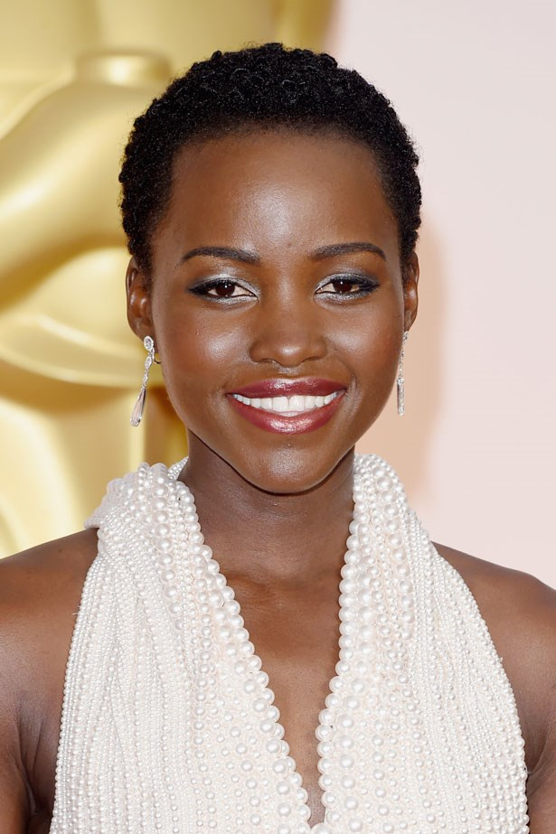 <p><strong>The Berry Lip</strong></p> Lupita Nyong'o with a soft raspberry lip colour.