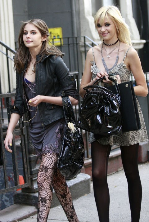 <strong>GOSSIP GIRL (2007-2012)</strong> Lil J (Taylor Momsen) befriends model Agnes (Willa Holland) who proves to be a bad influence resulting in guerrilla fashion shows and dancing for photographers in bras.