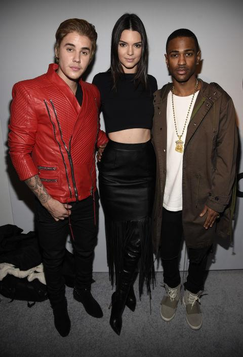 <strong>JUSTIN BIEBER, KENDALL JENNER AND BIG SEAN</strong> At Adidas Originals x Kanye West.