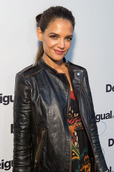 <strong>KATIE HOLMES</strong> At Desiguel.