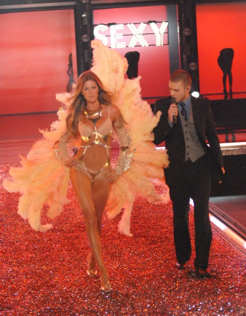 <strong>Victoria's Secret Fashion Show, 2006</strong><br> For her final Victoria's Secret Fashion Show in '06, Gisele got serenaded by Justin Timberlake while wearing some giant, fluffy feathers. Not the worst way to go out, eh?