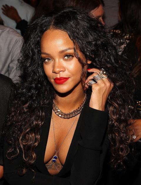 Embrace your natural texture, like Rihanna