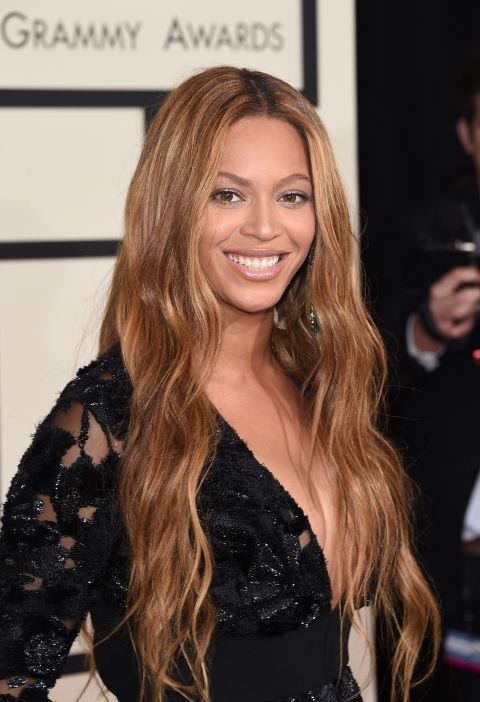 Go even longer than long with extensions, like Beyoncé