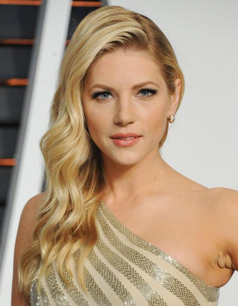 Walk the line between old Hollywood and beach waves, like Katheryn Winnick