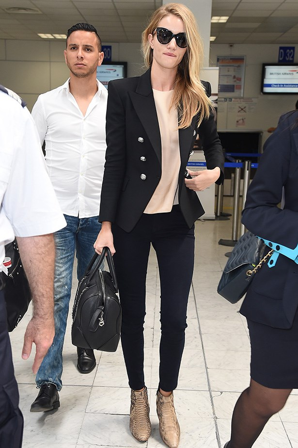 Rosie Huntington-Whiteley may be tired, but with those shades and that perfectly tailored blazer you'd never know!
