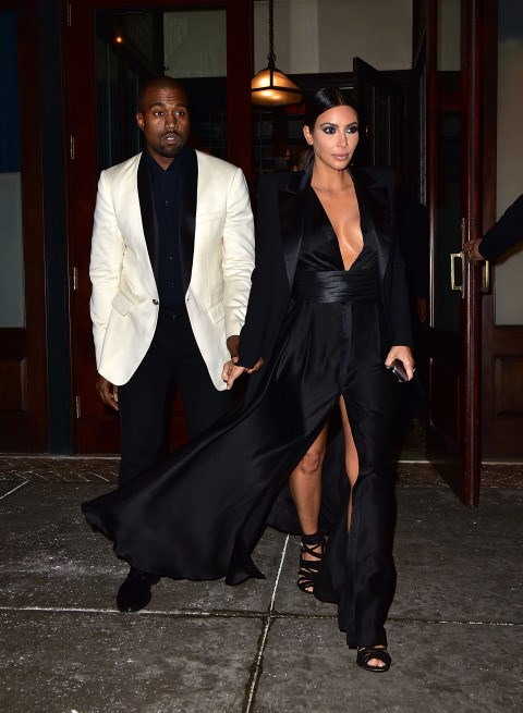 <strong>JANUARY 8, 2015</strong> <BR> In Balmain while out in New York.