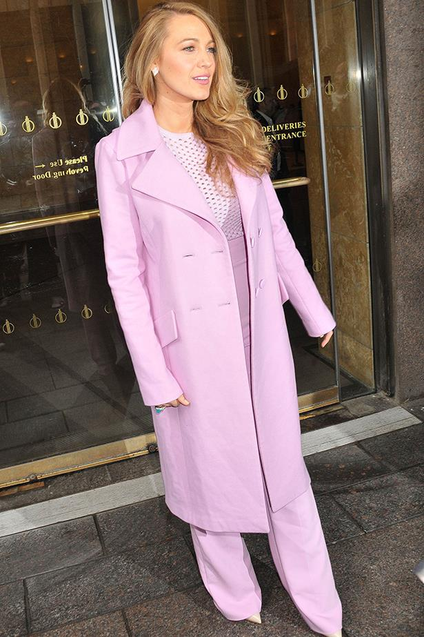 <strong>Look 7:</strong> <em>11:30</em> Leaving Sirius studios<br> Cushie et Ochs pink suit
